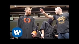 Download Lagu David Guetta & Sia - Flames (Behind The Scenes) Gratis STAFABAND