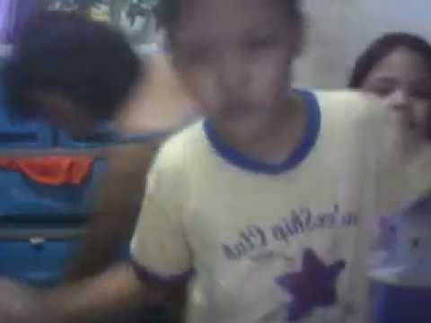 Tatlong Bata Nagsasayaw Ng Gentleman video