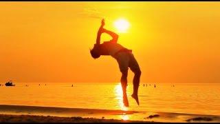 Sexy Relaxing Spiritual Art Training on the Beach () Yoga. Sex on the beach