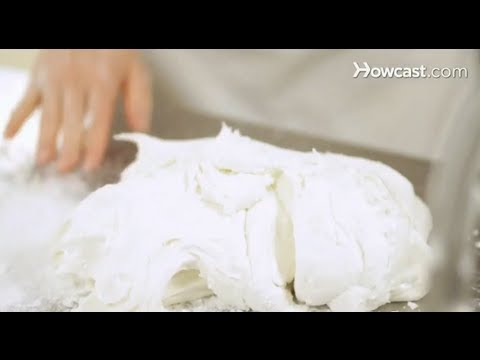Decorate Cake With Marshmallow Fondant : How to Make Marshmallow Fondant Cake Decorations - YouTube