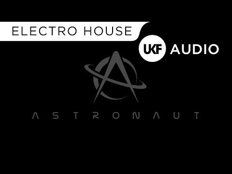 Astronaut - Earthsphere (VIP)