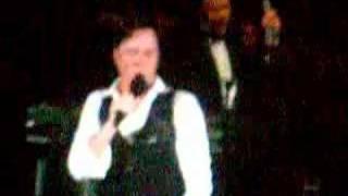 Watch Rufus Wainwright Chicago video