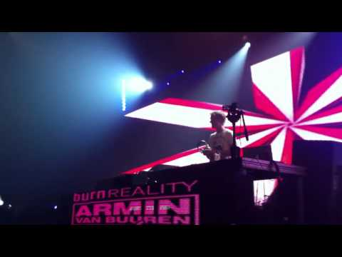Armin Van Buuren - Going Wrong, Burned With Desire, In and Out of Love. live at Recife 03/03/2011