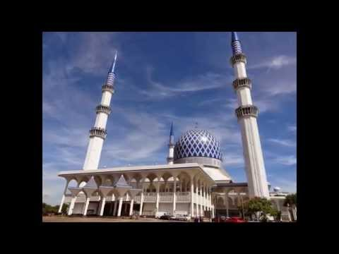 Sultan Salahuddin Abdul Aziz Mosque - Tourist Attractions in Malaysia