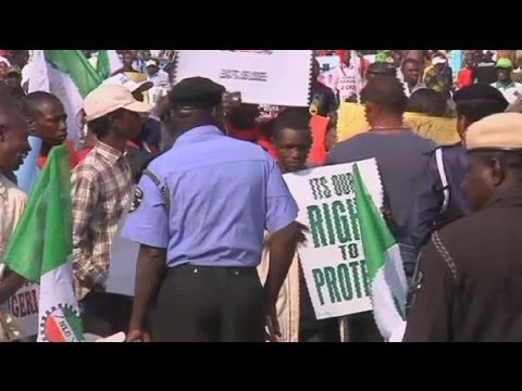 Unions strike in Nigeria over fuel subsidy cuts