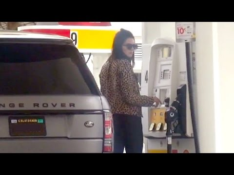 Kendall Jenner Can't Figure Out The Gas Pump