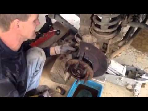 2007 dodge ram 2500 4x4 front ujoint removal part 1