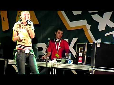 Елка - Девочка в Пежо (живой концерт)