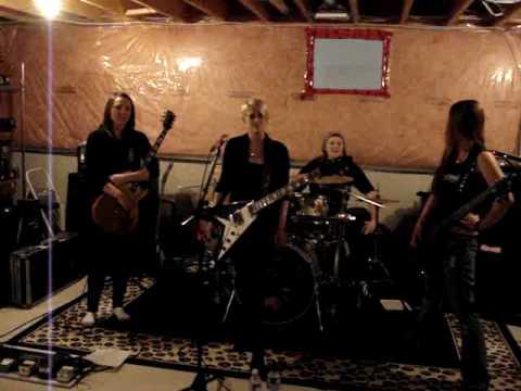 KITTIE UPDATE ON EUROPE/UK TOUR JAN 2010