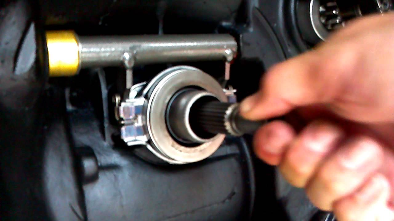 Vw Transmission Shaft And Throw Out Bearing Youtube