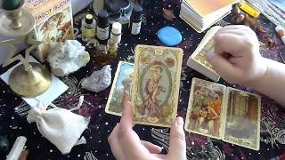AQUARIUS JULY 2017 Psychic Tarot Reading