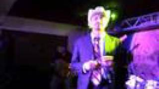Watch Andres Marquez El Macizo Desvelado video