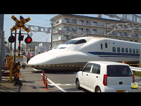 ���工場���庫��700系�幹���� 2010/07/22 MAX285km/h�700系�幹������������������場���������16両����...