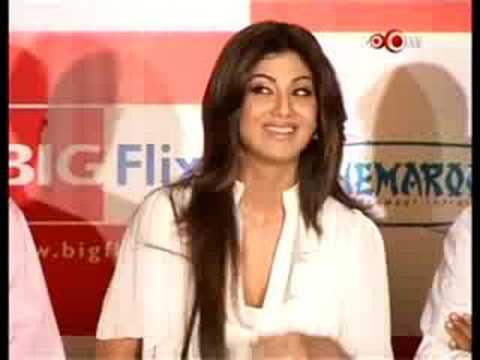 Shilpa Shetty Is New Ramdev Baba video