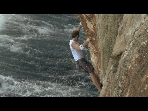 Climbing Chronicles - Bouldering around the World - Episode 2