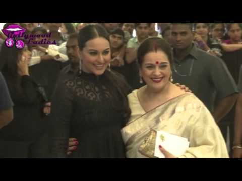 Sonakshi Sinha Sexy In Gown At Dabangg 2 Premiere video