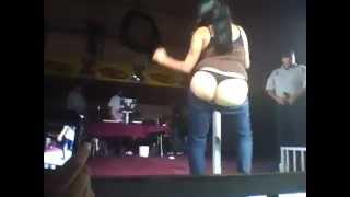 chicas haciendo striptis
