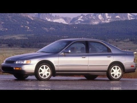 1994 Honda Accord EX Start Up and Review 2.2 L 4-Cylinder