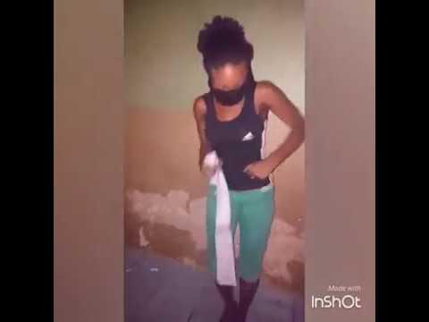 Hausa Lady Dances Half Naked to Adam A Zango Song.. thumbnail