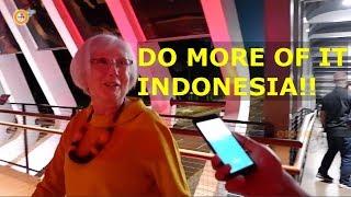 Antusias Warga Terhadap JPO Gelora Bung Karno