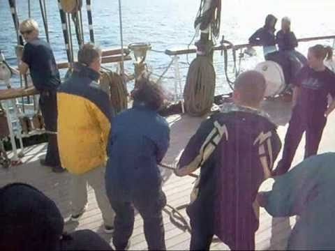 Femke op de Statsraad Lehmkuhl.wmv
