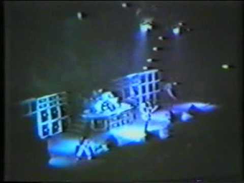 Cinderella - Shake Me Live 1988 Miami