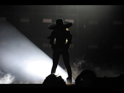 Beyoncé - Formation and Sorry live in NYC [4K Quality 2160p]