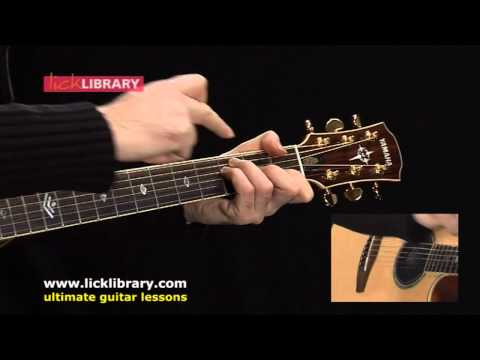 Oasis - Half The World Away - Acoustic Guitar Lesson With Michael Casswell Lick Library