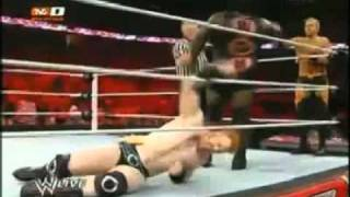 WWE RAW 29/08/11 SHEAMUS & JHON CENA VS CHRISTIAN & MARK HENRY EN ESPAÑOL