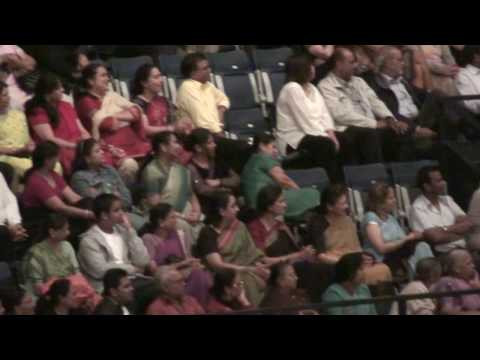 Bhajan Sandhya At Morari Bapu Ramkatha - Wembley Arena - 15 7 2009 - No.2 video