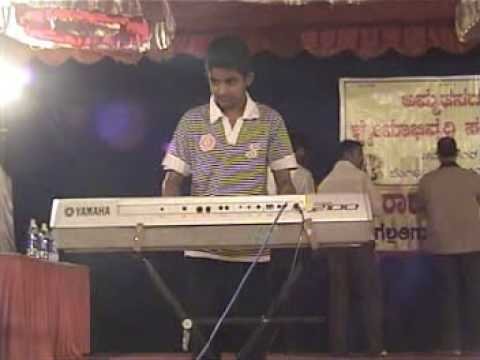 pranav s playing jaya bharatha jananiya tanujathe in keyboard...