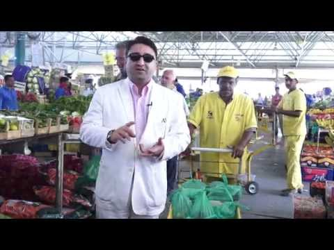 At Dubai Fruit & Vegetable Market picking the right food