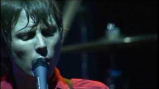 Клип Franz Ferdinand - Eleanor Put Your Boots On (live)