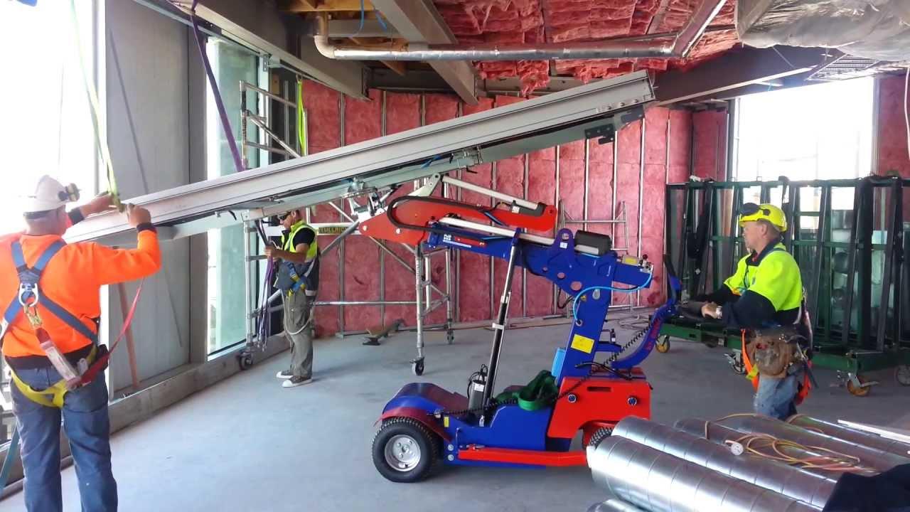 The Glass Racking Company Ks400 Robot Curtainwall Installation Youtube
