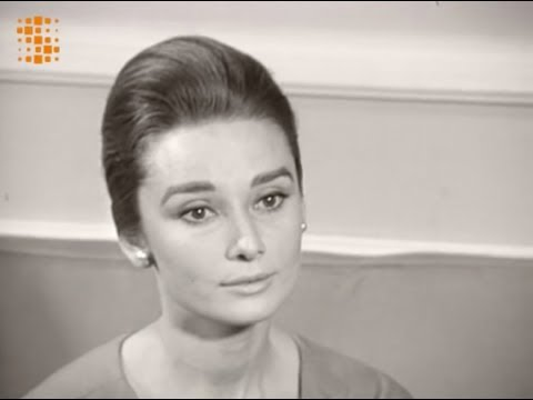 Audrey Hepburn French Interview 1959