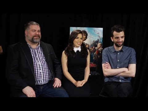 Jay Baruchel & America Ferrera - How to Train Your Dragon 2 Interview HD