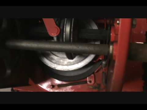 How a basic snowblower transmission works.wmv