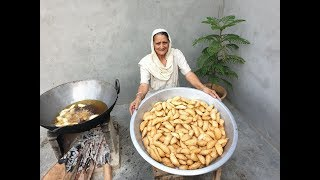 Gujiya Recipe Prepared By My Grandma | Sooji Mawa Gujiya | गुजिया | Veg Village food | recipes