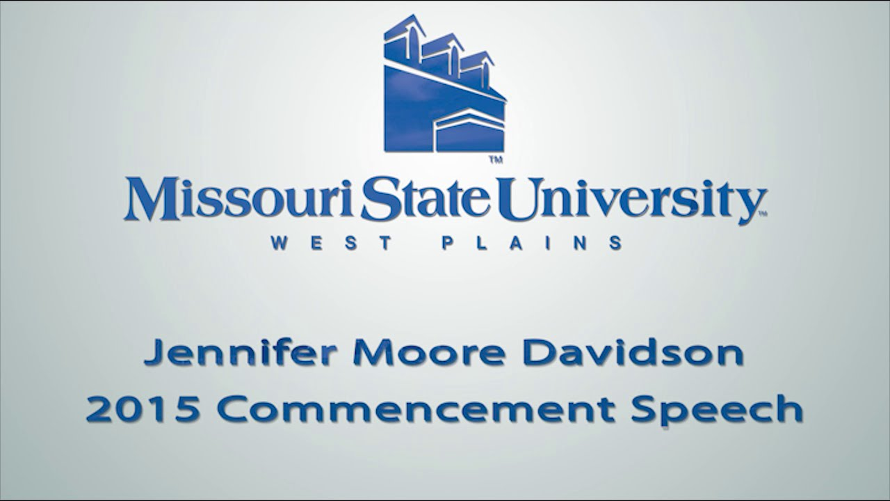 Jennifer Moore Davidson speaks at the 2015 Commencement Ceremony.