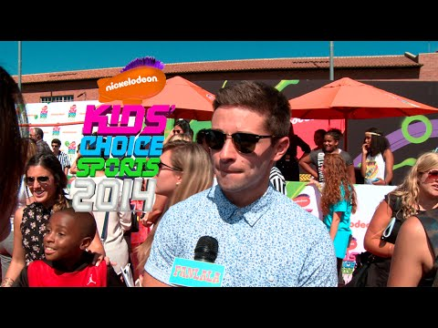Nickelodeon Kids Choice Sports 2014 Slime Red Carpet