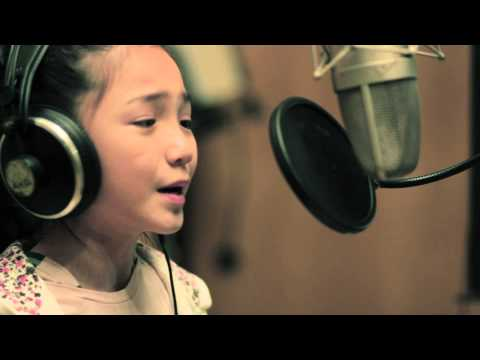 9-YEAR-OLD Crystal Lee sings