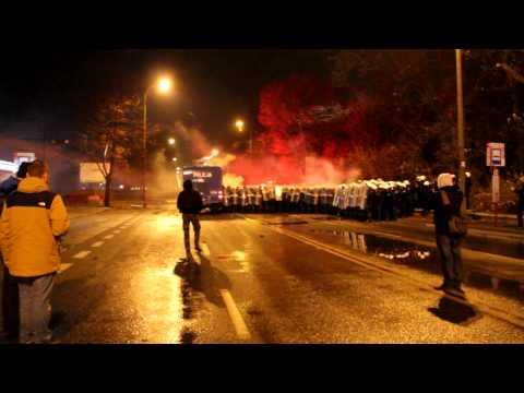 Marsz Niepodległości W Warszawie 11.11.2014 (zamieszki Przy Stadionie Narodowym)