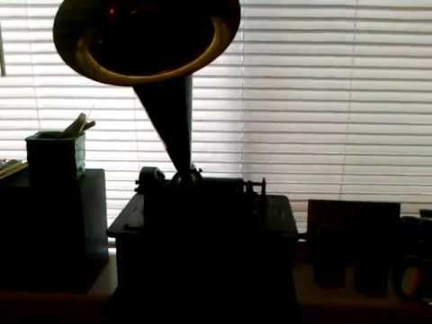 Edison Standard D Cylinder Phonograph plays Kakuda - Van Eps Banjo Orchestra