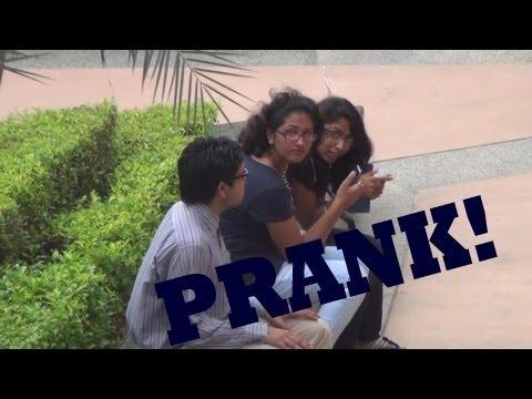 Bintoo In Metro Walk PRANK - Pranks In India | TST