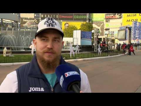 Хоккей. ЧМ-2017 в Киеве. Всеволод Толстушко в Хоккейном городке