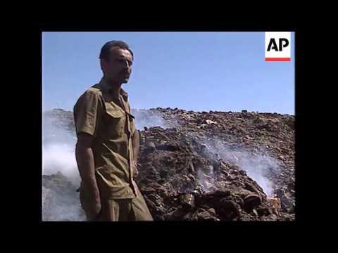 ISRAEL: BORDER CLOSURES STRANGLING PALESTINIAN ECONOMY