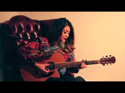 Red Sky Films Acoustic Cover Session Filmed and Edited by Vivien Goddard-Stephens @ Red Sky Films Audio Recorded by Lewis Dolan @ Violet Records Thanks for watching! xo ***NO COPYRIGHT...