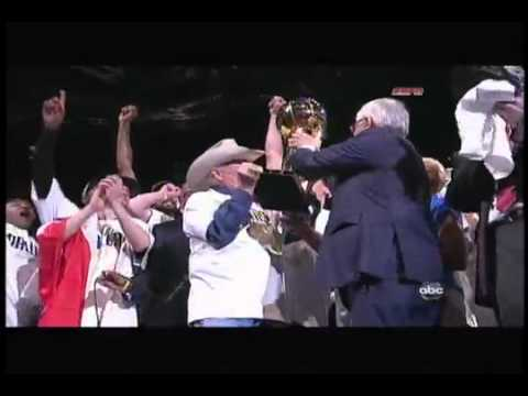 Dallas Mavericks 2011 NBA Finals Larry O'Brien trophy presentation, Mark Cuban, Dirk Nowitzki