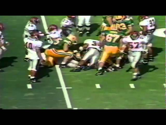 Oregon FB Juan Shedrick catches screen pass for 9 yards vs. NMSU 10-05-91