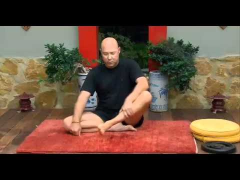 Видео как научиться позе лотоса